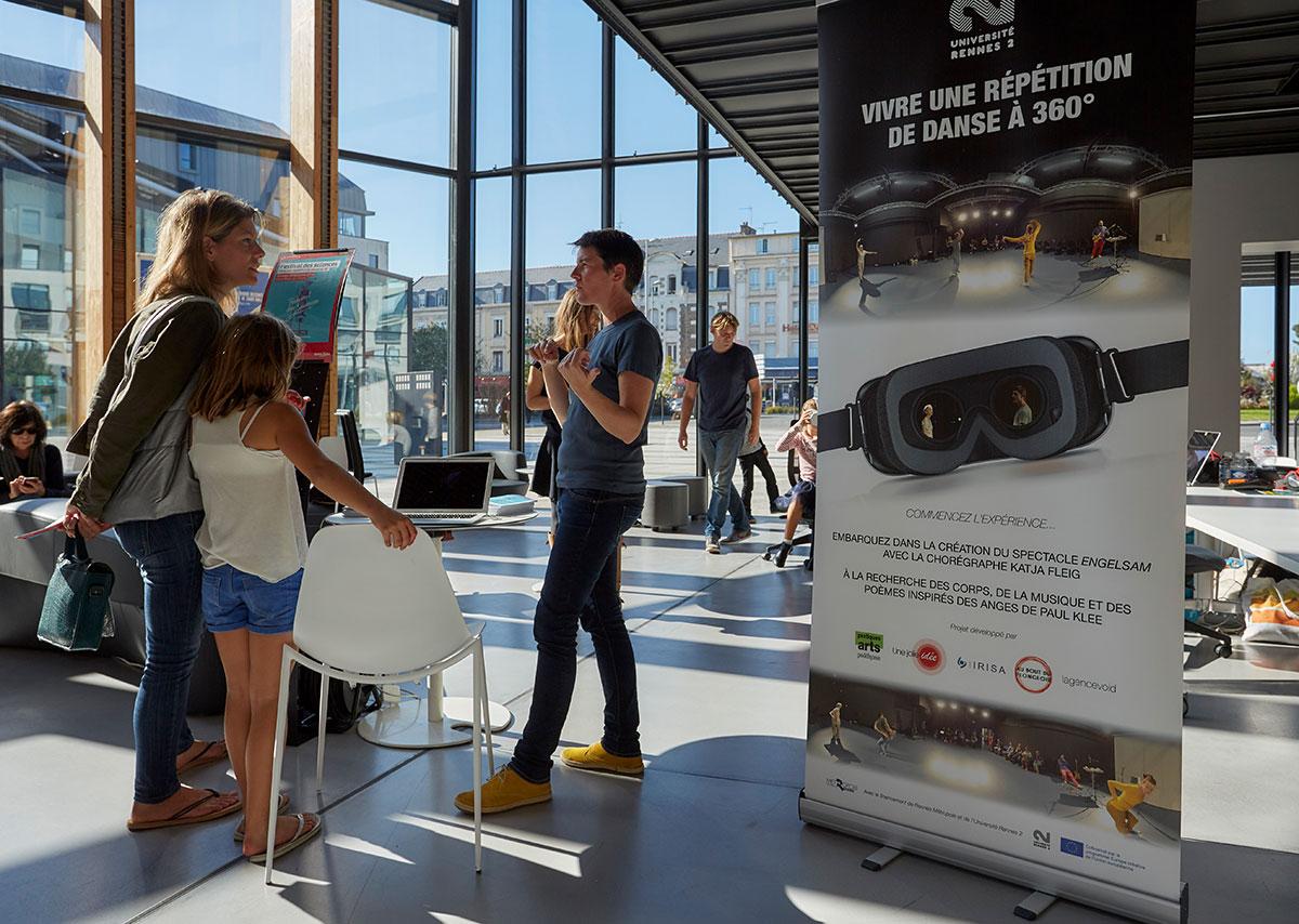 Festival des Sciences - Saint Malo - Danse à 360° - Une jolie idée - Agence de réalité virtuelle - Production de photo sphérique et de vidéo 360°